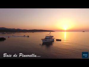 La baie de Pinarello